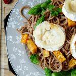 Spaghetti mit Spargelstücken und Süßkartoffel