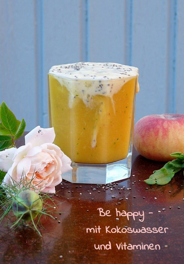 HappyFood Smoothie mit Kokoswasser