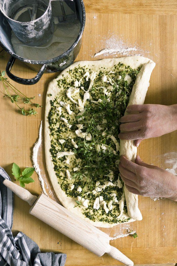 Pizzaschnecken mit leckerstem Pesto aus Unkraut